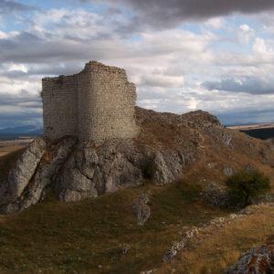 Castillo de monasterio de rodilla