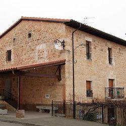 hostal Casa Lences