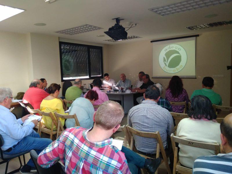 Un momento de la reunión celebrada por Adeco Bureba.